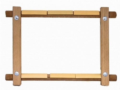 Пяльца-рамки с клипсой 22х22